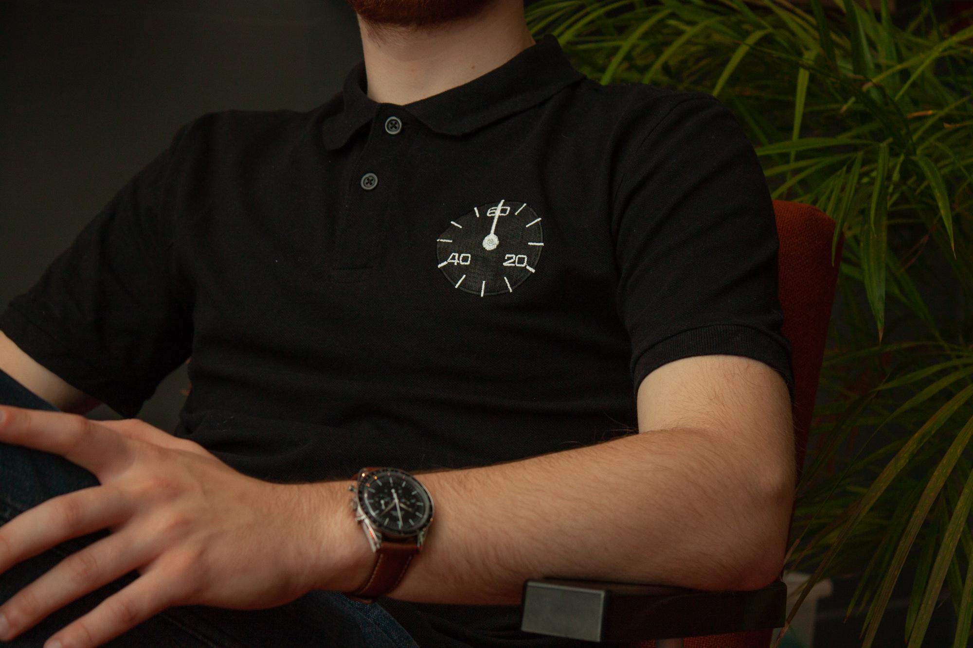 shirts bedrukken, t-shirt, klokken, zwarte shirt, dali, webshop, illustratie laten maken, t-shirts laten ontwerpen, thirts borduren, ontwerpen, cadeaushop Rotterdam, Delfshaven winkels, kleding ontwerpen, illustratie ontwerpen, t-shirts ontwerpen